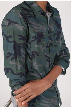 camiseta-verde-militar