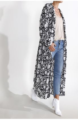 Kimono-estampado-arabescos