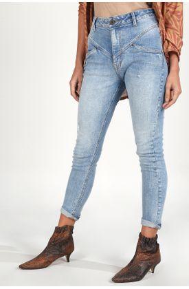 Jean-moda-plano-y-cintura-con-pretina