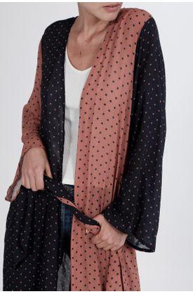 Kimono-estampado-de-puntos-y-en-contraste