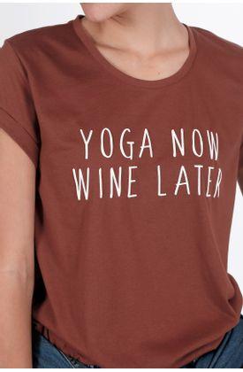 Tshirt-estampado-yoga-now-wine-later