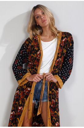 Kimono-Tennis-by-Poker-estampado-de-flores