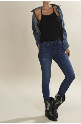 Jean-poppy-tiro-medio-plano-y-cintura-con-pretina