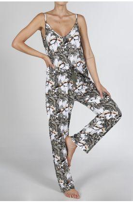 Conjunto-Pijama-Tennis-con-estampado-de-jungla