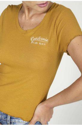 Tshirt-para-mujer-TopMark-fondo-entero
